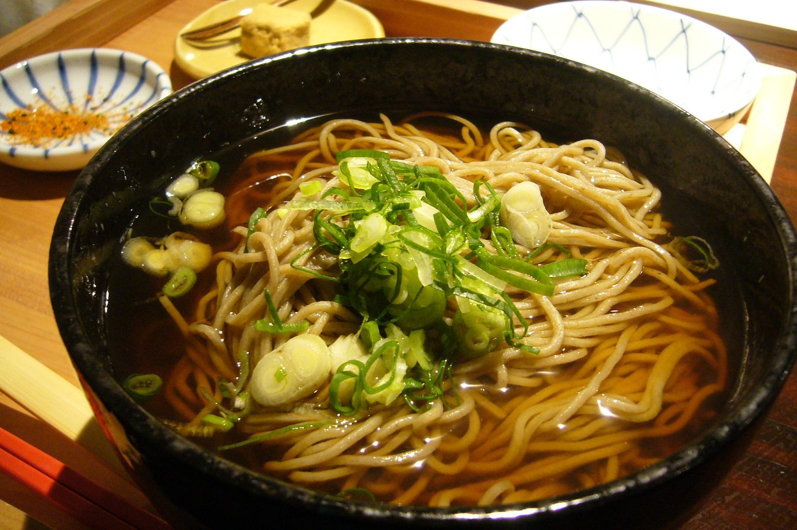 tokyo travel tips japan food noodles